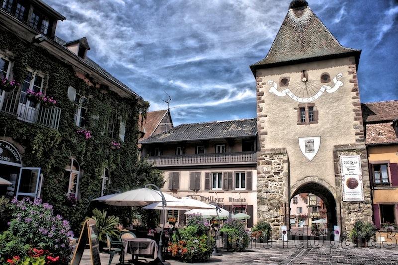 Alsacia, ruta de vinos y pueblos medievales