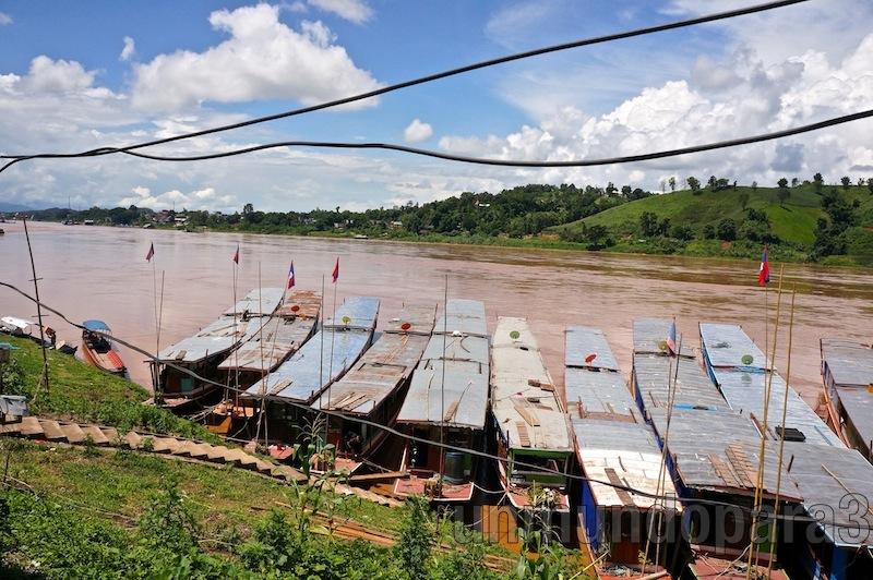 Embarcaciones que surcan el Mekong - Laos