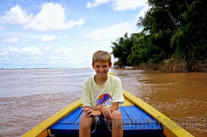 Navegando por el Mekong