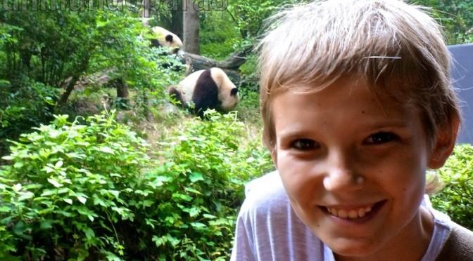 Alvaro con los pandas