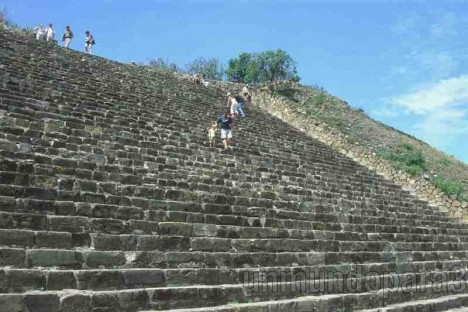 Alvaro y Doraimon en México