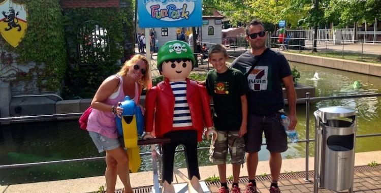 Como niños en el Playmobil Funparck