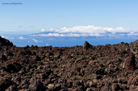 En plena ruta y observando la isla de La Gomera
