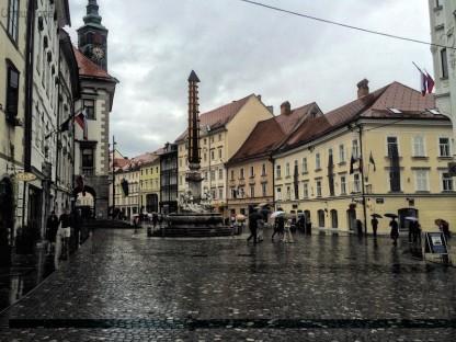 pernoctas por Eslovenia