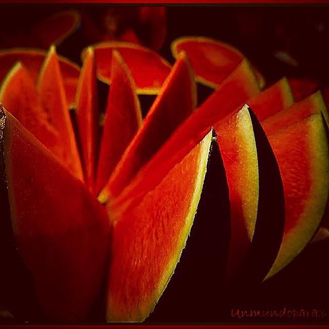 Rojo pasión!! #red #fruit #love