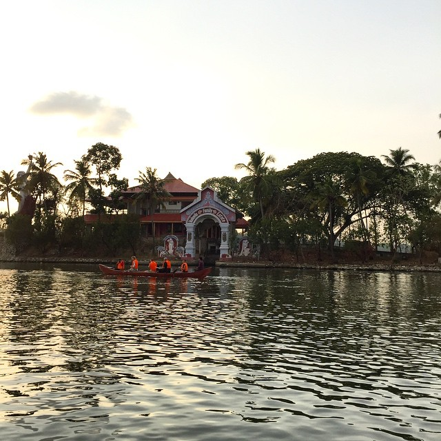 Atardece en #Kerala buenas tardes amigos viajeros, seguimos disfrutando! @keralatourism #keralaBlogExpress