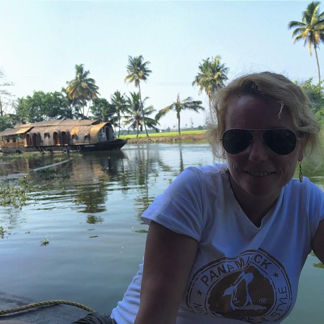 Planes para hoy, navegar por los #Backwater en Kerala #india #keralaBlogExpress de la mano de www.spiceroutes