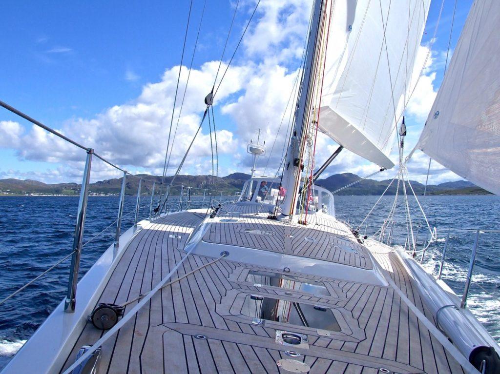 descubre la navegación en velero